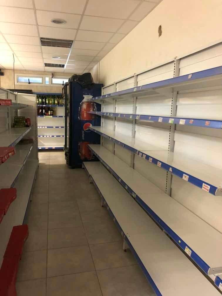 instalaciones completa para fondo de comercio supermercado