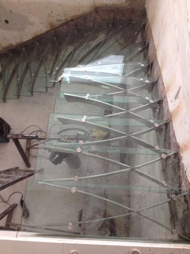 instalaciones de baranda y pasa mano en acero inoxidable