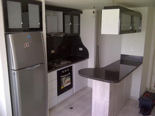 instalaciones de campana , tope , horno y varios
