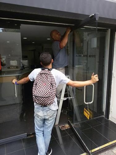 instalacion,fachadas,vidrio,laminado,reparacion,manten,puert
