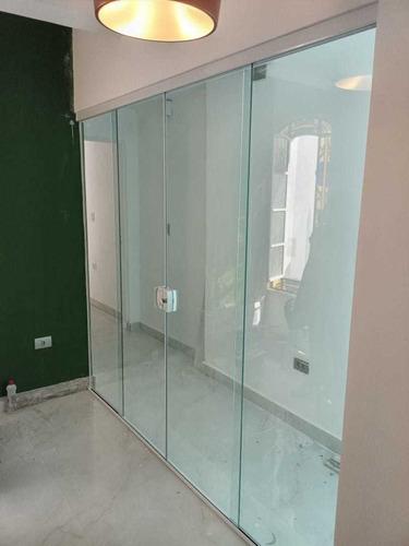 instalação  de box e vidro em geral