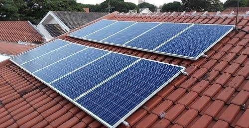 instalação de sistema fotovoltaico (energia solar)