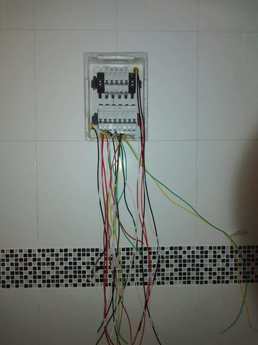 instalação elétrica em geral,  reforma de quadros elétricos
