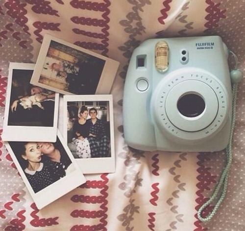 instax fujifilm mini 8 polaroid iphone