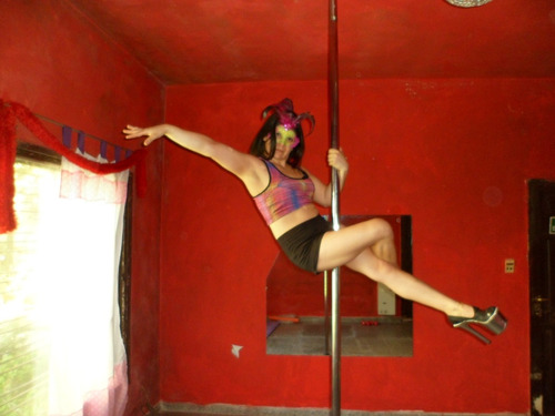 instructora de pole dance en quilmes