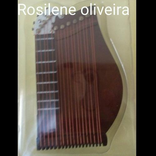 instrumentos musicais miniaturas