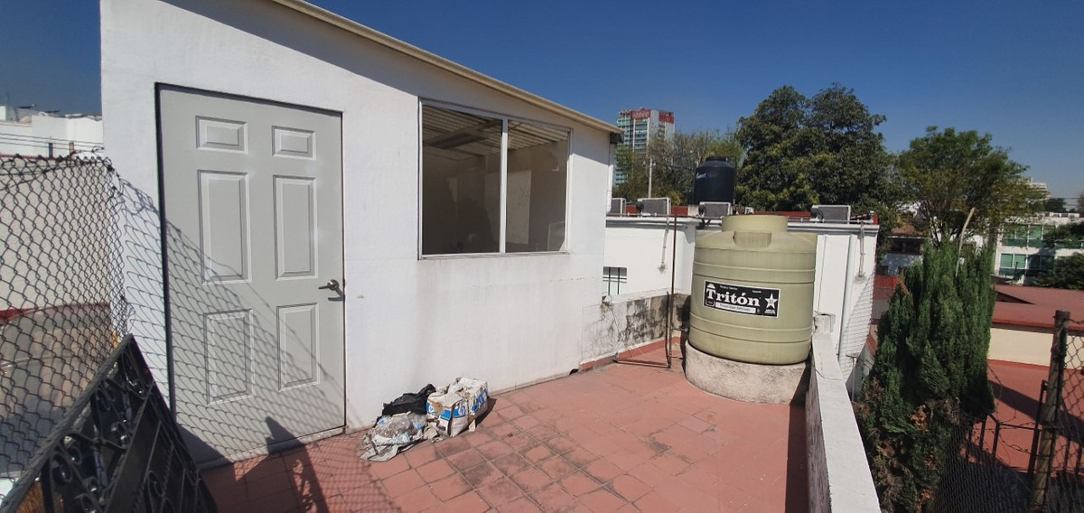 insurgentes san borja casa con uso de suelo