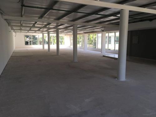 int. tomkinson 2000 - san isidro - alto - oficinas planta libre - alquiler