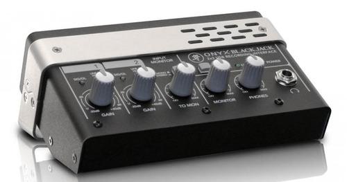 interface de áudio mackie onyx blackjack