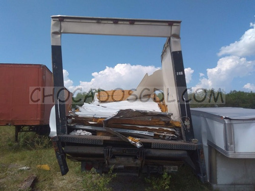 international 4300 2007.. chasis cabina no partes...