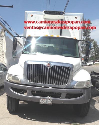 international 4300 camion