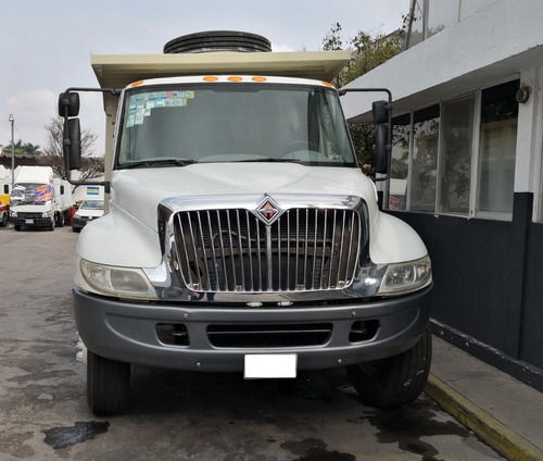 international 4300 camión