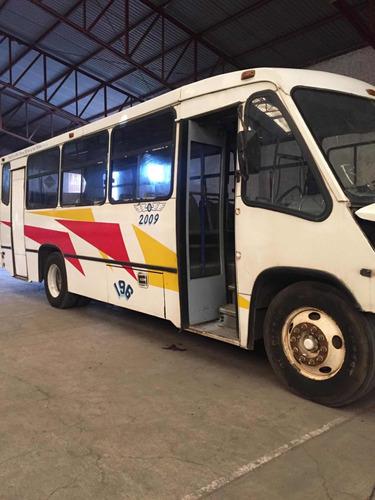 international autobús urbano