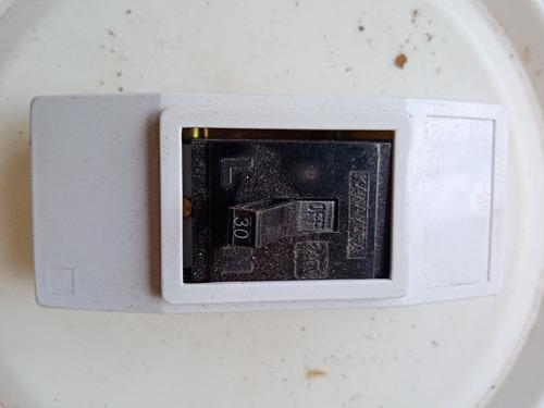 interruptor brekers 30 amp 110v - 240v