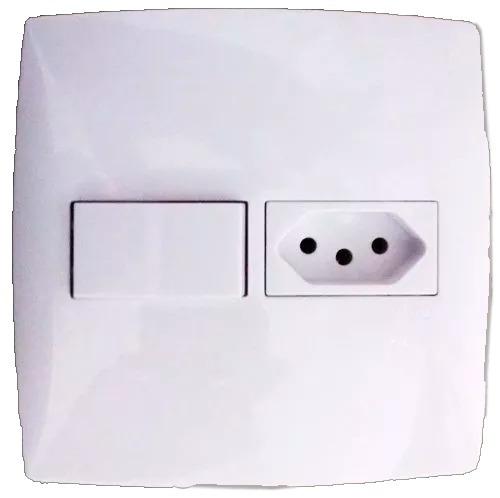 interruptor com tomada 4x4 modulares linha home - blux
