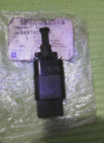 interruptor luz freno aveo optra sincrónico gm 96874570