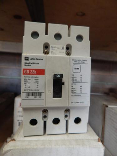 interruptor termo magnético 20 amp, 3 polos