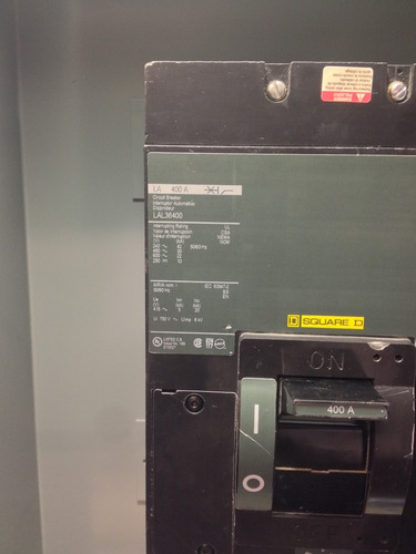interruptor termomagnético 3 polo 400 amper lal36400 squared