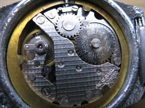 intihuatana: reloj pulsera suizo  hombre hong kong