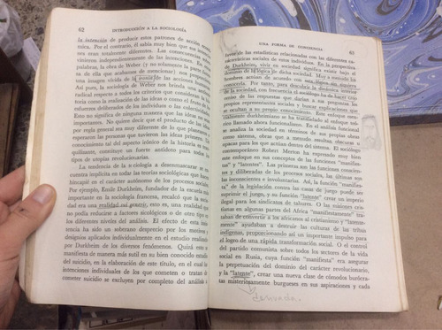 introducción a la sociología. peter berger