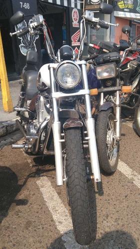intruder m800 moto