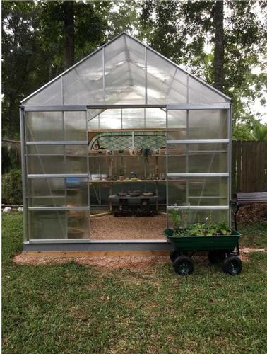 invernadero de 10 pies x 12 pies con 4 ventilaciones