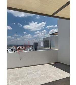 inversion torre 3, departamentos de 2 niveles pre venta en villa de pozos $967,000.00