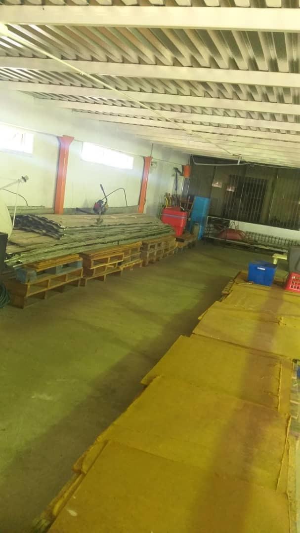 inversiones atlantis vende galpones en villa betania