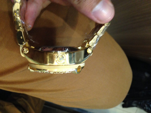 invicta dragon gold