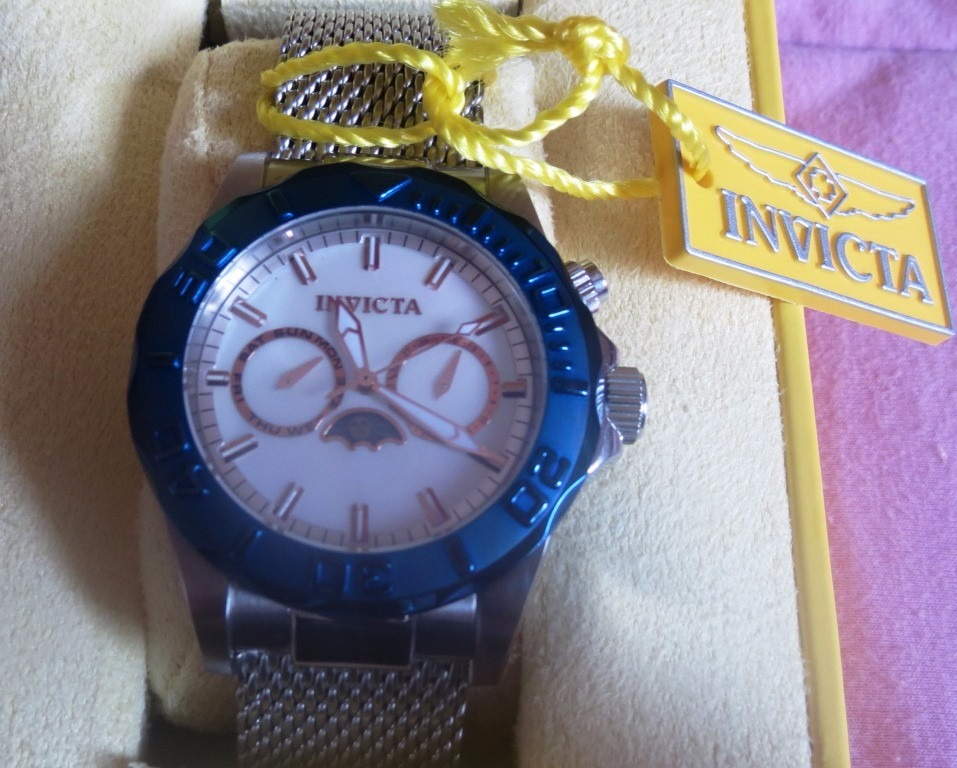 38881a76cb5 Invicta Men s 80321 Sea Wizard 3 Pro Diver Swiss Moonphase - R  500 ...