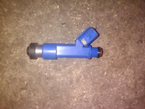inyector toyota yaris 1.3 2007