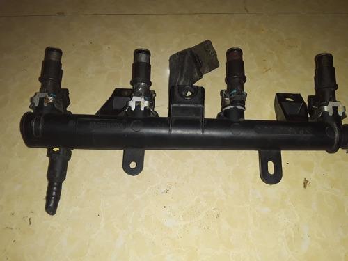 inyectores con flauta y conectores puegout