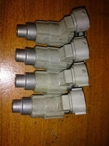 inyectores originales de mitsubichi cdh-390 bosch