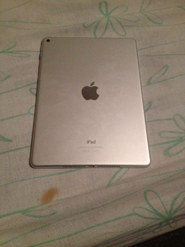 ipad air 2 de 64gb wifi plata caja y accesorios