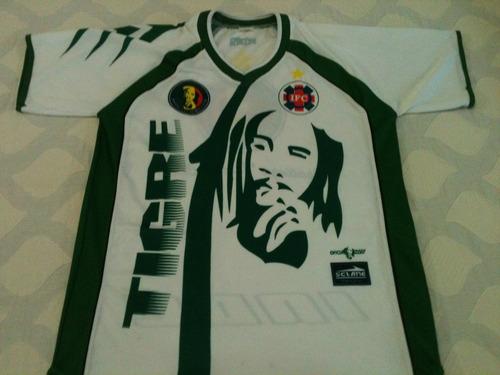 ipatinga futebol clube: torcida independente ipatinguense