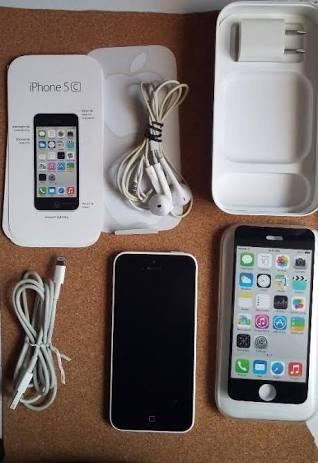 iphone 5c usado no le falla nada esta liberado para cualquie