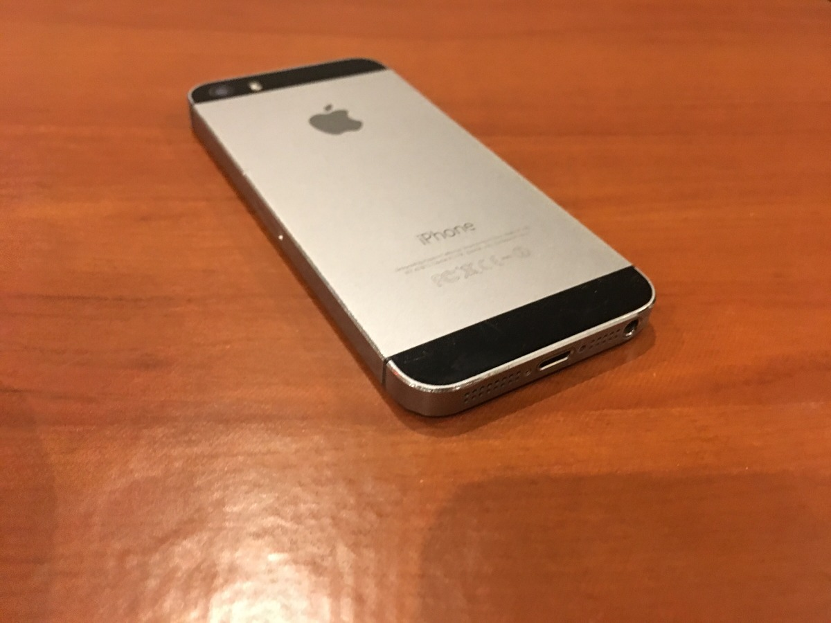 b40a13ce91c iPhone 5s 16gb Libre Impecable Permuto X Menor Valor - $ 5.300,00 en ...