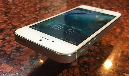 iphone 5s 32gb silver liberado usado como nuevo sin detalles