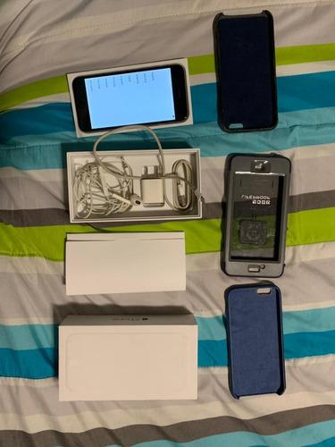 iphone 6 con 2 cases originales y 1 case lifeproof excelent
