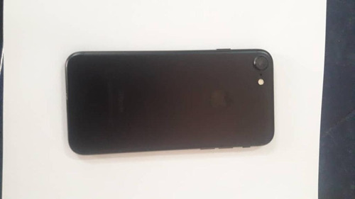 iphone 7. 256 gb. color negro. 03 forros como nuevo