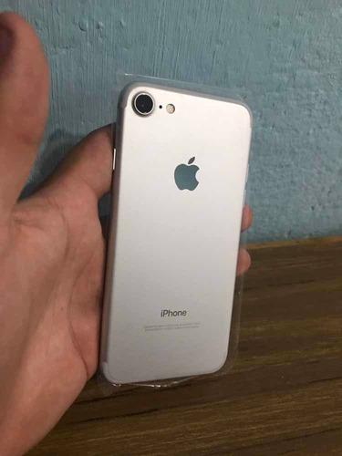 iphone 7 de 32gb (300) como nuevo!
