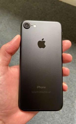 iphone 7//32gb//negro mate//batería al 78%