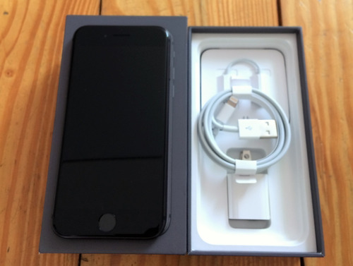 iphone 8 cinza espacial com tela de 4,7 64gb