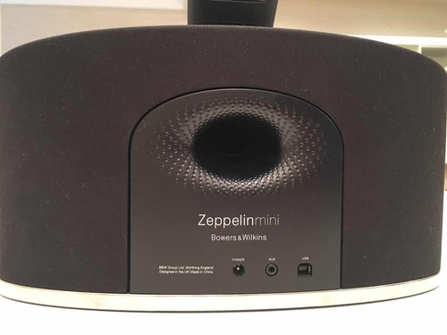 ipod 1367 32 + bowers and wilkins zeppelin mini! excelente!