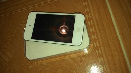 ipod 4 de 8gb no funciona solo para refacciones