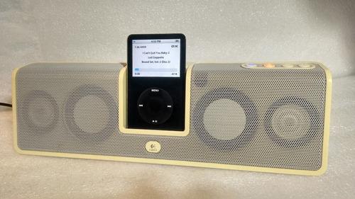 ipod classic 5th 30 gb com 4499 sons + logitech mm50
