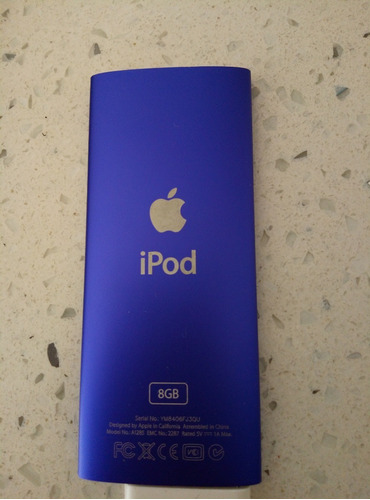 ipod nano (4th generation) color violeta