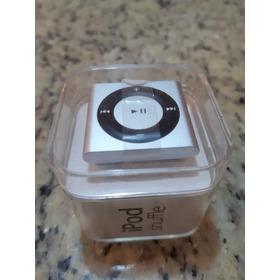 iPod Shuffle 2gb Silver Mp3 Player - 4th