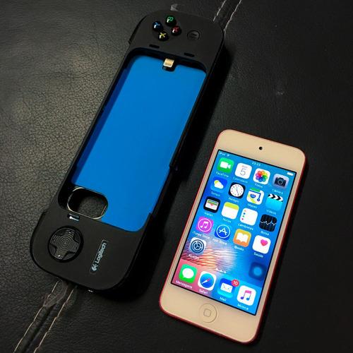 ipod touch 64gb - 5th gen + logitech powershell controller