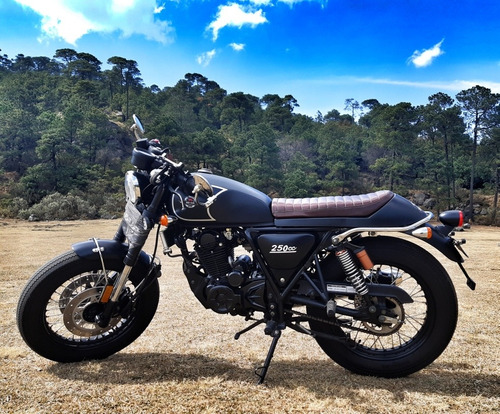 iron clan  cafe racer 250 cc